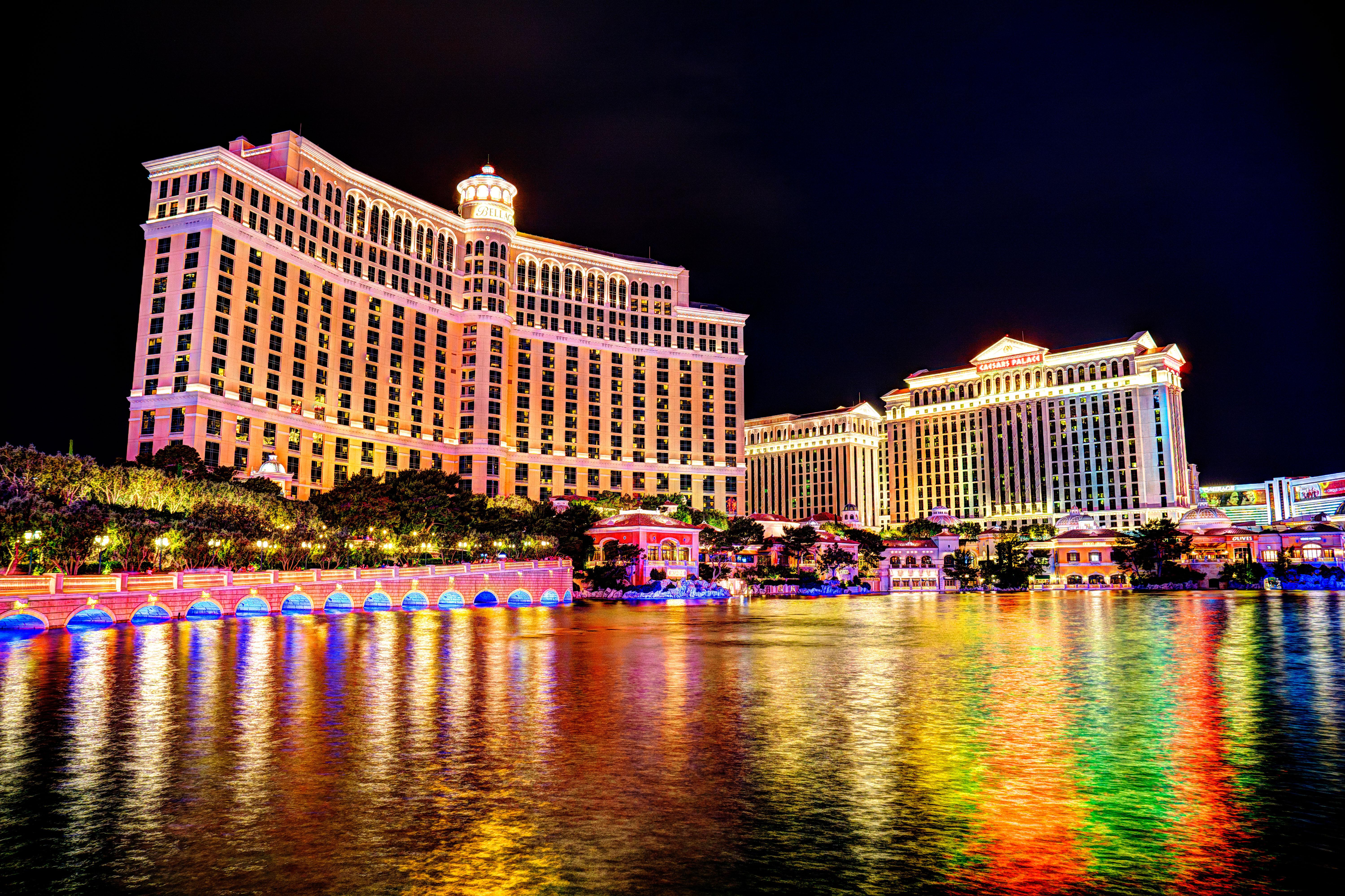 Lakefront Vegas